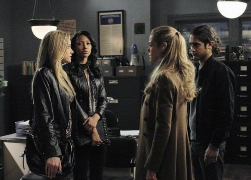 "Twisted RECAP 3/25/14: Season 1 Episode 18 ""Danny, Interrupted"""