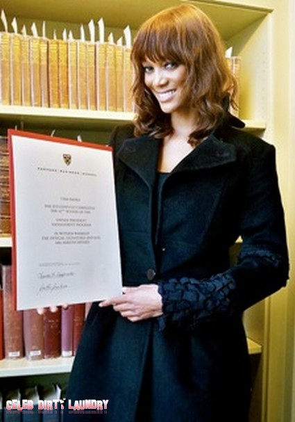 'America's Next Top Model' Creator Tyra Banks Graduates from Harvard!