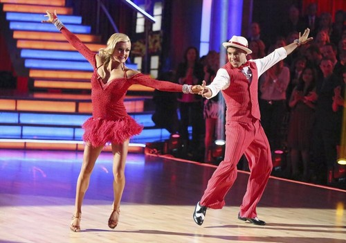 Victor Ortiz Dancing With the Stars Contemporary Video 4/1/13