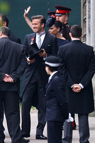 victoria beckham and david beckham wedding. Victoria Beckham and husband