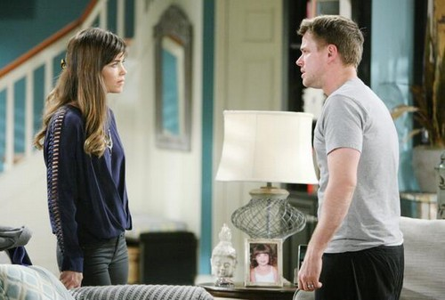 The Young and the Restless: Jill Farren Phelps Using Billy With Kelly Storyline To Hide David Tom's Horrible Acting?