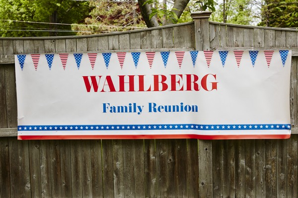 """Wahlburgers Recap 6/29/14: """"4th of July Special"""""""