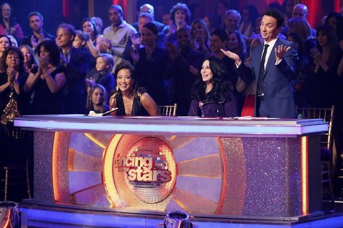 Who Got Voted Off Dancing With The Stars Tonight 11/25/13?