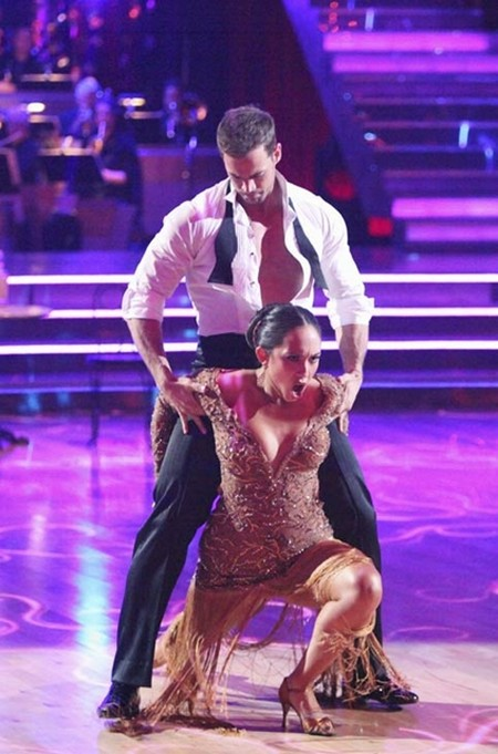 William Levy Dancing With The Stars Samba Performance Video 5/14/12