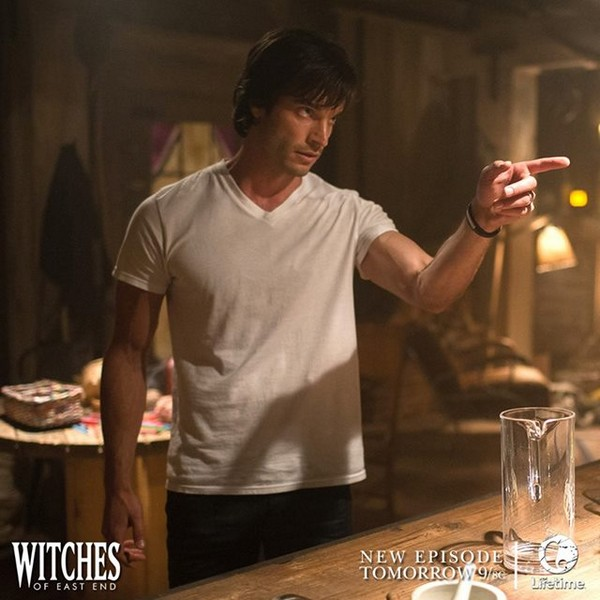 """Witches of East End Live Recap 8/24/14: Season 2 Episode 7 """"Art of Darkness"""""""
