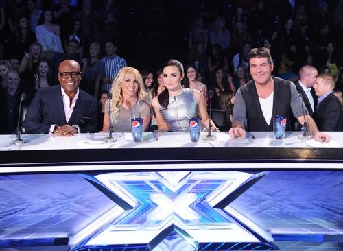 """The X Factor Season 2 """"Top Ten Perform"""" REVIEW 11/21/12 (POLL)"""