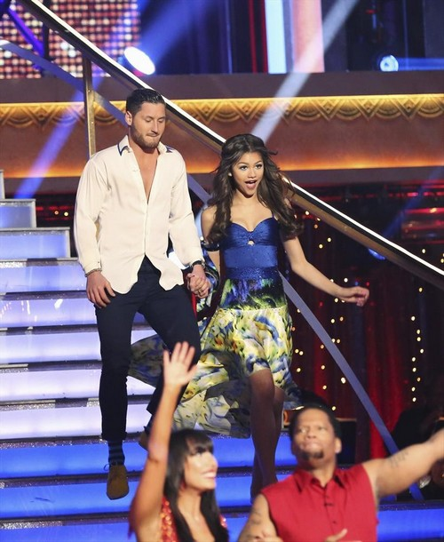 Zandaya DWTS Performance video Zendaya Dancing With the Stars Jive Video 3/25/13