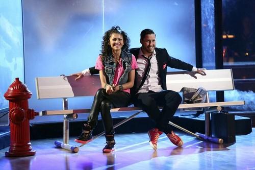 Zendaya Dancing With the Stars Finale Samba Video 5/20/13