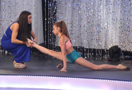 """Abby's Ultimate Dance Competition RECAP 10/1/13: Season 2 Episode 5 """"Anything Can Happen"""""""