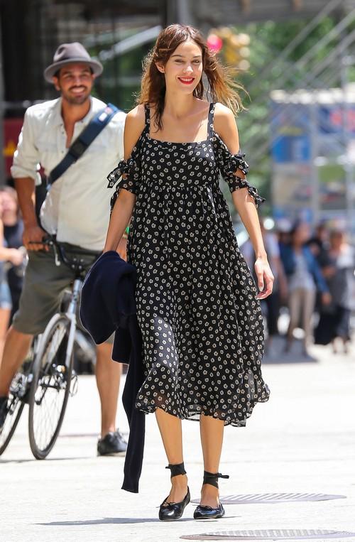 Gwyneth Paltrow and Chris Martin Divorce Gets Ugly - Alexa Chung Resents Jealous Gwyn (PHOTOS)