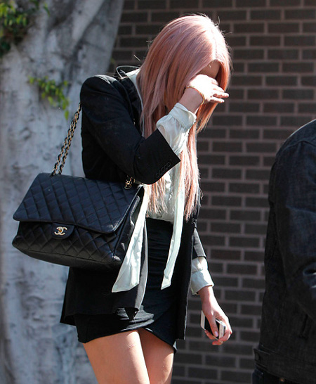 President Barack Obama Gives Recently Convicted Amanda Bynes The Cold Shoulder