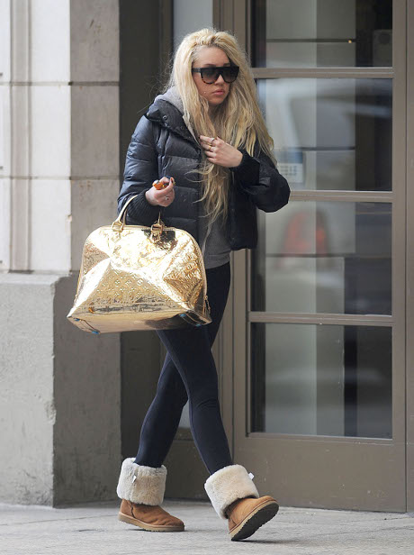 Amanda Bynes Family Is Concerned For Her