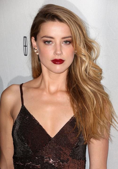 Amber Heard, Johnny Depp Divorce: Amber Banned From ... Amber Heard