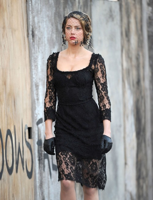 "Amber Heard Throws Spoiled Diva Tantrum Filming ""London Fields"" - Johnny Depp Needs To School The Brat (PHOTOS)"