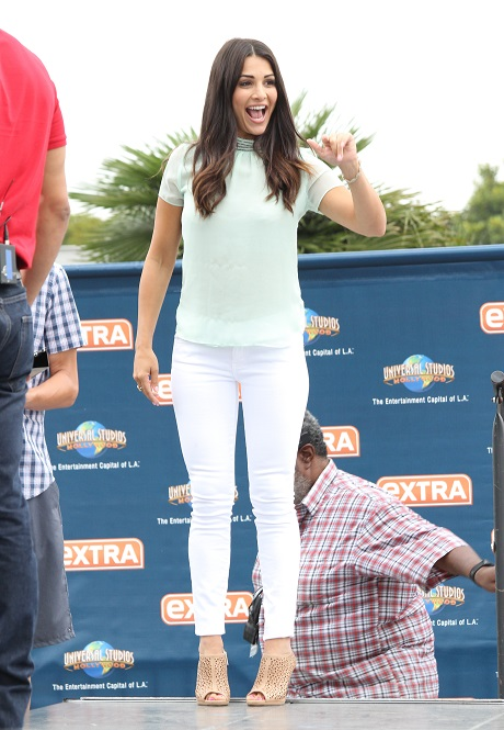 The Bachelorette 2014 Andi Dorfman Accuses Josh Murray of Cheating: Wedding Implodes With Screaming Fight In Public!