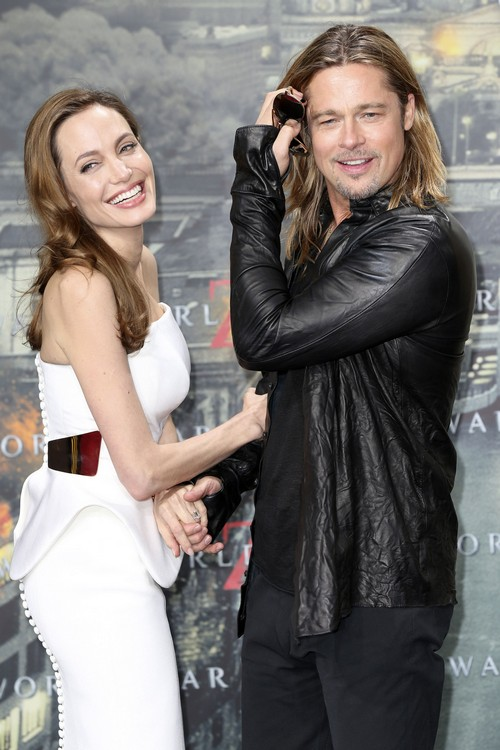 Brad Pitt And Angelina Jolie Sign Pre-Nup Worth $320 Million - Marriage and Wedding Plans