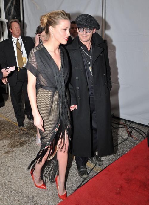 Angelina Jolie Warns Johnny Depp Not To Marry Amber Heard - Says Amber's a Gold Digger
