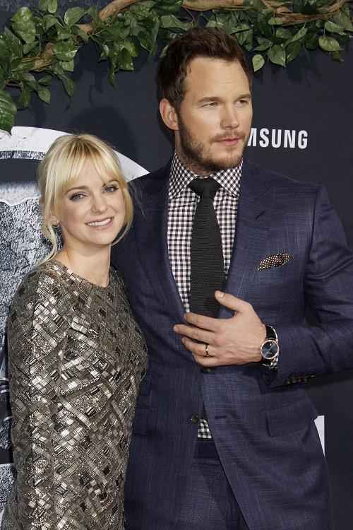 Anna Faris Concerned Jennifer Lawrence Will Seduce Hubby Chris Pratt On Set Of 'Passengers' - Correct To Worry?