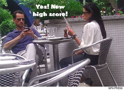 Anthony Weiner Still With His Wife -- 'Miserable' Lunch Date in NYC
