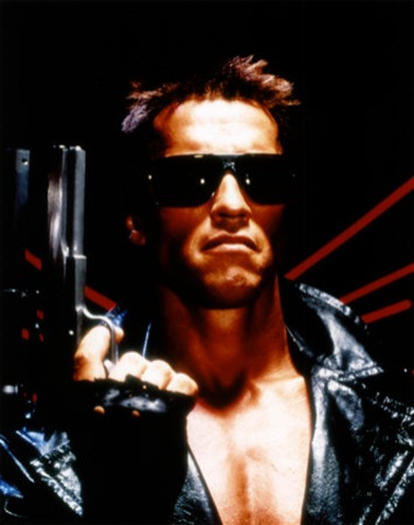 Arnold Swarzenegger Signs Up For Next Terminator Flic - 'I'll Be Back' For Real!