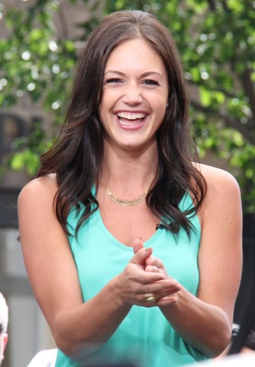 The Bachelorette Spoilers – Desiree Hartsock Double Date With Zack And Drew & Gets Close With Brooks In Episode 7, Season 9