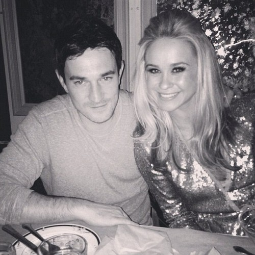 'Glee' Death: Becca Tobin's Boyfriend, Matt Bendik, Found Dead in Philadelphia Hotel Room