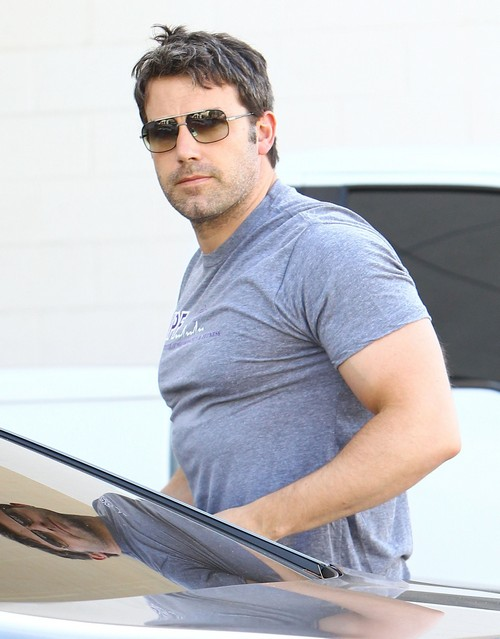 Ben Affleck Serious Drug Issues: Passes Out at Red Carpet