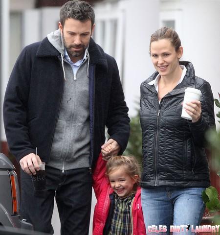 """Jennifer Garner Made Ben Affleck Drop Out Of """"Focus"""" and Away From Kristen StewartJennifer Garner Made Ben Affleck Drop Out Of """"Focus"""" and Away From Kristen Stewart"""