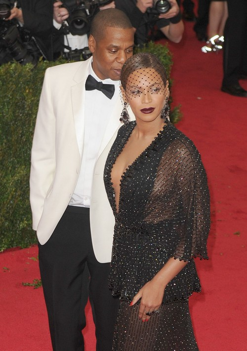 Beyonce and Jay-Z Divorce Evidence: Wedding Rings Off - Cheating Reports - Bey's Own Words - Marriage Counseling Fails