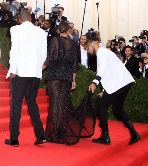 Beyonce Divorce Proceeds: Jay-Z Tries to Bury Rumors of Sex Tape With Carmen Bryan