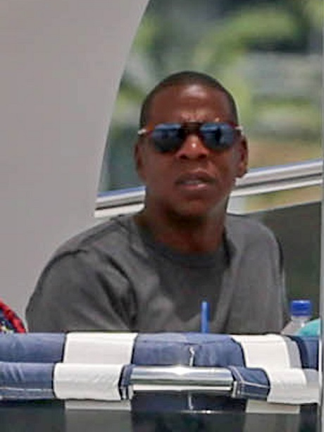 Beyonce & Jay-Z Divorce Imminent: Couple Already Stay in Separate Rooms - Marriage Won't Last Until Tour's End!