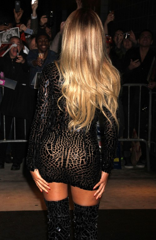 Beyonce Fires Manager, Faisal Durrani, Trying To Change Over-Sexed Sleezy Image?