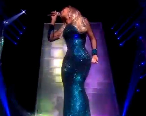 Beyonce Butt and Hip Pads Outstanding at 2014 Brit Awards (VIDEO)