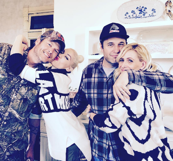 Gwen Stefani & Blake Shelton Celebrate Thanksgiving With Families - Wedding Soon?