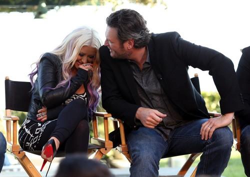 Blake Shelton Cheating With Christina Aguilera Backstage: Miranda Lambert Jealous and Furious