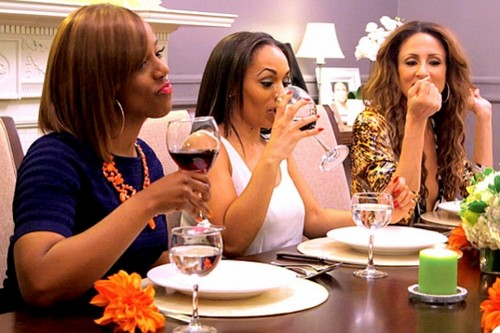 """Blood Sweat And Heels RECAP 1/12/14: Season 1 Episode 2 """"Blog is a Four Letter Word"""""""