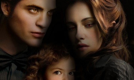 Robert Pattinson And Kristen Stewart Head Back to Vancouver for 'Twilight' Reshoots (Video