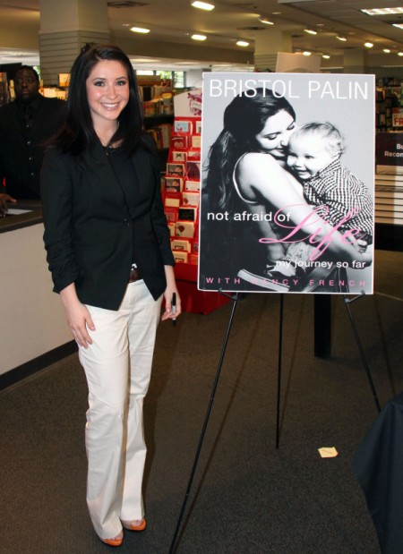 Bristol Palin Laughs Off Son's Homophobic Slur 0723