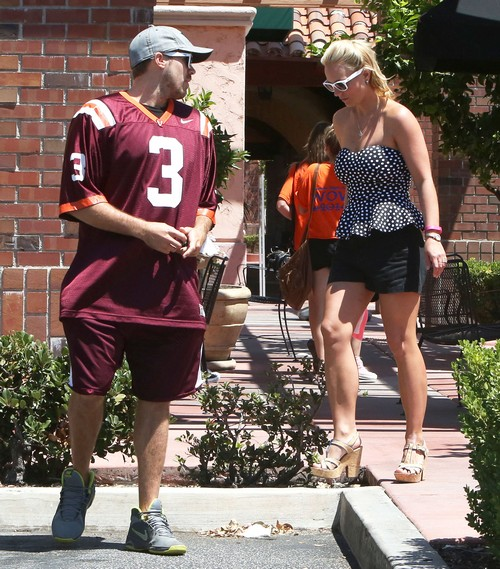 Britney Spears' Boyfriend David Lucado Cheating: Hits On Other Woman - Report