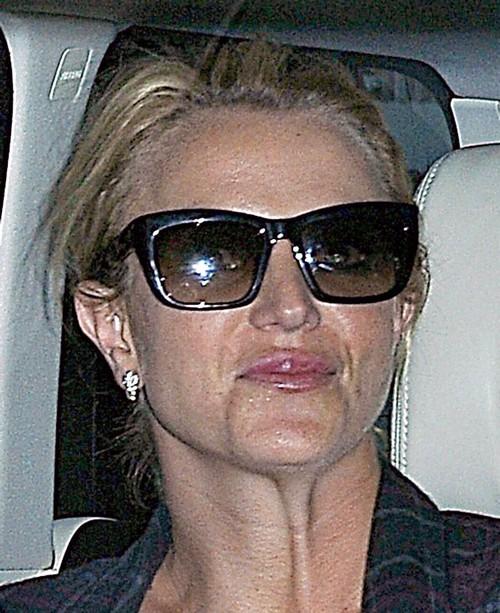 Britney Spears Wants Kate Middleton in Her Underwear Designs: Singer's Lingerie Forbidden on Royal Butt (PHOTOS)