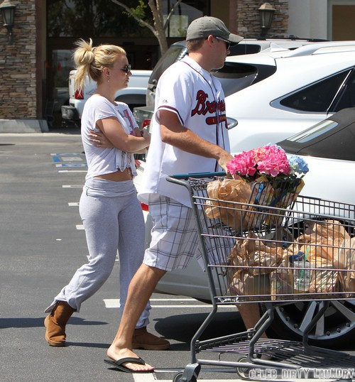 Robin Thicke And Britney Spears Hooked Up - All The Details