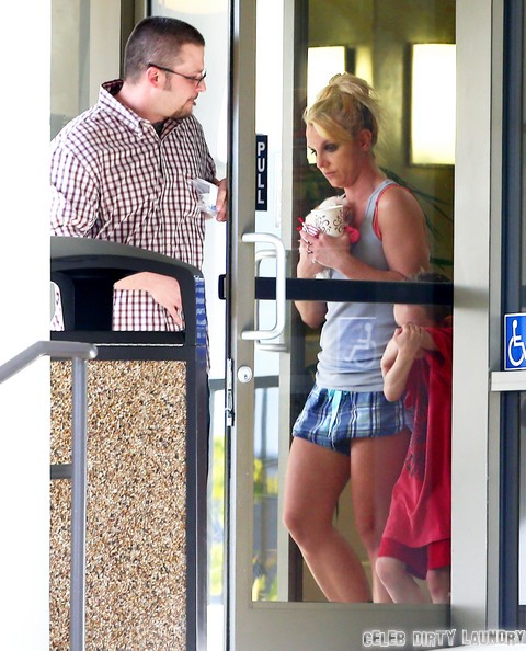 Britney Spears Mental Breakdown: Appears Almost Undressed In Public (Photos)