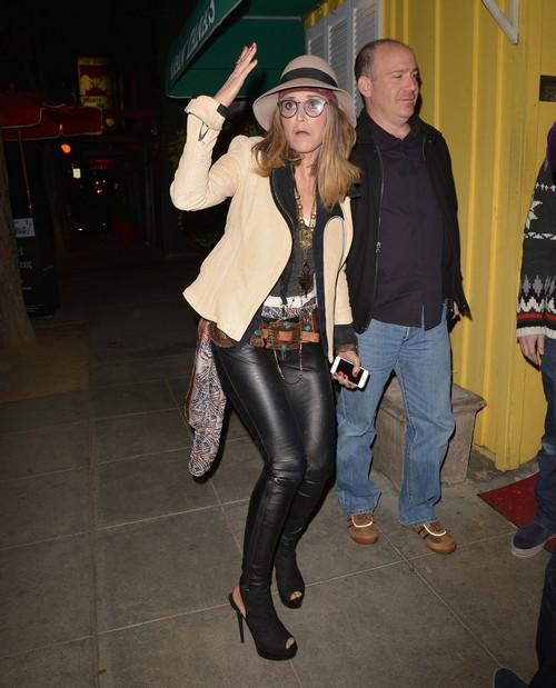 """Denise Richards Takes Permanent Custody of Brooke Mueller's Children - Charlie Sheen Says """"YES!"""""""