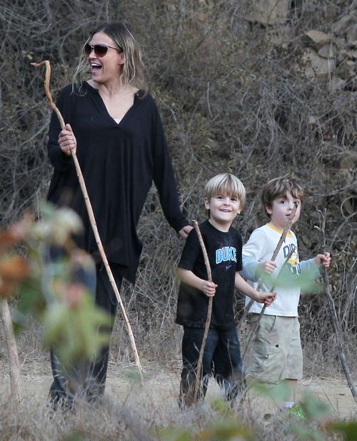 Brooke Mueller Refuses To Test Sons For Fetal Alcohol Syndrome - She Fears They Have It
