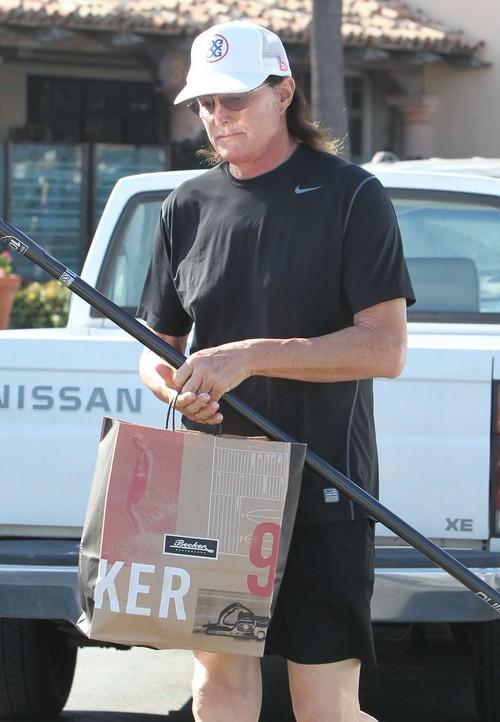 Bruce Jenner Shopping At Becker Surf Shop Celeb Dirty