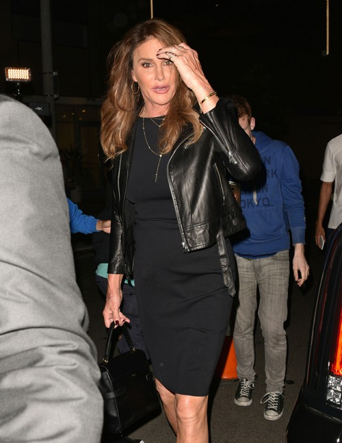 Caitlyn Jenner Public Boozing Debacle: Transitions Back To Bruce When Drunk?
