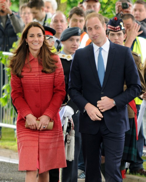 Camilla Parker-Bowles Furious Queen Elizabeth Forgives Kate Middleton's Bare Bum Photo Scandal