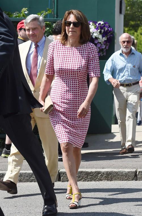 Kate Middleton's Mother, Carole, Grander Than Queen Elizabeth - Repulsive Social Climbing Snob?
