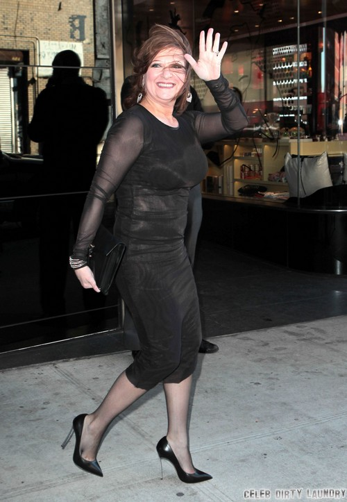 Caroline Manzo Forced Daughter Lauren To Have Wedding Filmed For 'Manzo'd With Children' - Turning into Kris Jenner