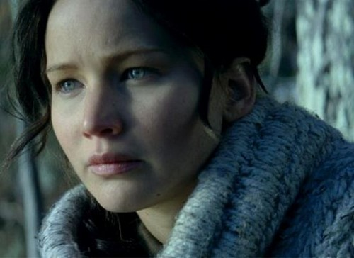 Watch Catching Fire Video Trailer: Jennifer Lawrence Will Make You Cry - Comic Con Release!
